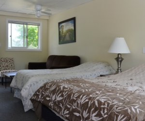 Motel Unit #2 - Starting @ $128 / night contact us for availability/reservation