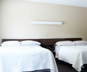 Motel Unit #6 - Starting @ $128 / night contact us for availability/reservation